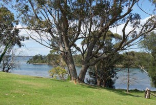 68 RIVER RD, Sussex Inlet, NSW 2540