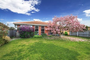 27 Gibsons Road, Sale, Vic 3850