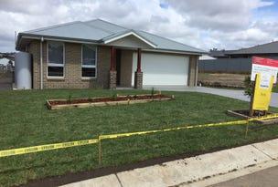 102 Caladenia Crescent, South Nowra, NSW 2541