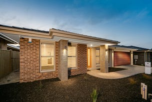 L206 Clydevale Avenue, Clyde North, Vic 3978