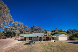 159 Himalaya Drive, Table Top, NSW 2640