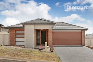 6 Lovely Place, St Helens Park, NSW 2560