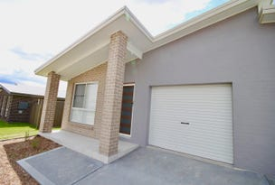 2/10 Yeomans Rd, Armidale, NSW 2350