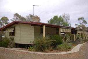 5 Amor Drive, Mansfield, Vic 3722