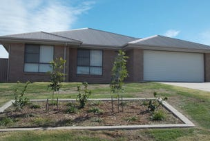35 Cypress Pines Drive, Miles, Qld 4415