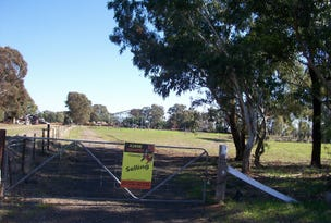 5 Lysaht St, Berrigan, NSW 2712