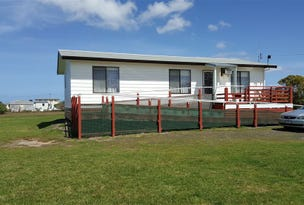 Manns Beach, address available on request
