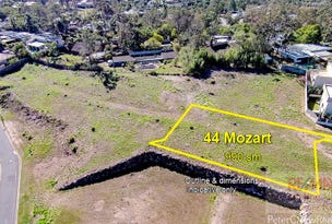 Mount Ommaney, address available on request