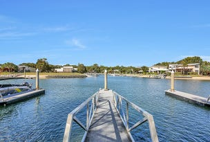 9 Waterfront 4 Bed VILLA, Couran Cove, South Stradbroke, Qld 4216