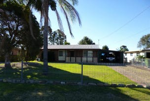 33 Bell Street, Walloon, Qld 4306
