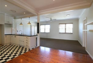 2 Sturt Avenue, Singleton, NSW 2330