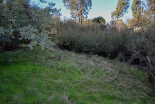 18 Fossickers Trail, Goughs Bay, Vic 3723