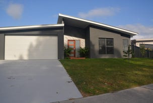 72 Heath Street, Broulee, NSW 2537