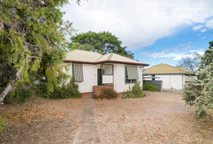 11 Spooner Avenue, Mount Austin, NSW 2650