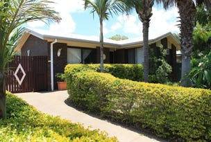 9 Palm Court, Moore Park Beach, Qld 4670