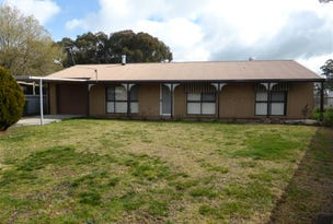 4 MacTrebly Place, Culcairn, NSW 2660