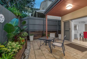 2/39 Betheden Terrace, Ashgrove, Qld 4060
