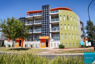 4/2 The Esplanade, Caroline Springs, Vic 3023