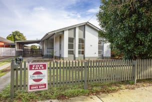33 Gibsons Road, Sale, Vic 3850