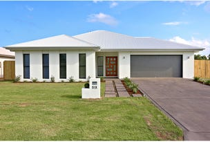 6 Sairs Street, Glass House Mountains, Qld 4518
