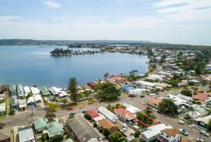 68 Marks Point Road, Marks Point, NSW 2280