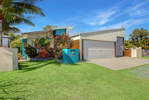 11 Walz Avenue, McEwens Beach, Qld 4740