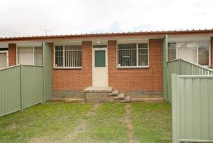 2/9 CHARLES STREET, Queanbeyan, NSW 2620