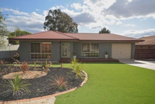 12 Bourke Drive, Strathdale, Vic 3550