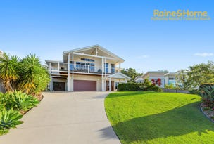 13 Woodfull Crescent, Pottsville, NSW 2489