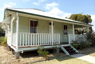 2 Toowoomba Road, Crows Nest, Qld 4355