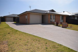 12 & 12a Chichester Road, Sussex Inlet, NSW 2540