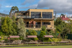 1 & 1a Russell Crescent, Sandy Bay, Tas 7005