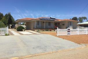 14 Suburban Rd, Quairading, WA 6383