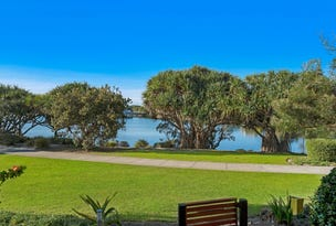 68/80 North Shore Road, Twin Waters, Qld 4564