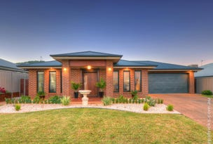 92 Strickland Drive, Boorooma, NSW 2650