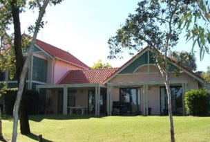 Unit 1306 Club Villas, Kunapipi Road, Laguna Quays, Qld 4800