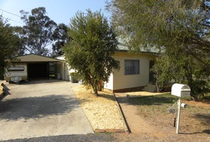 90 YOUNG ROAD, Cowra, NSW 2794