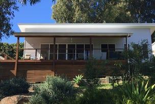 8 Kinchela Street, Crescent Head, NSW 2440