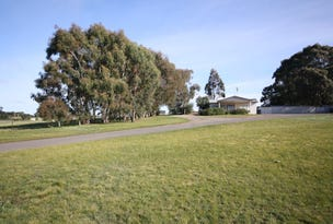 12 Haddon School Road, Haddon, Vic 3351