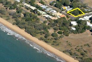 35 Palm Court, Moore Park Beach, Qld 4670
