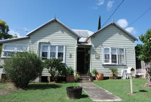 12 William Street, Wingham, NSW 2429