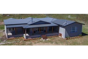 70 Iron Pot Creek Road, Jindabyne, NSW 2627