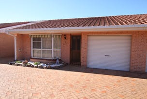2/27 South, Tuncurry, NSW 2428