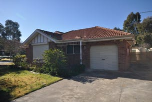 1/4 Hallam Street, Lavington, NSW 2641