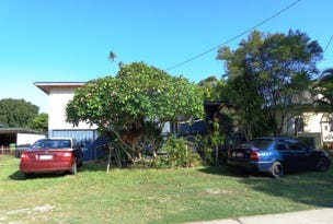 61 Gympie Road, Tin Can Bay, Qld 4580