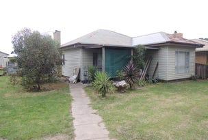 19 Maffra Road, Heyfield, Vic 3858
