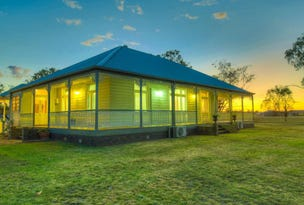 4 Windsor Place, Miles, Qld 4415