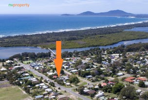 13 Ocean Avenue, Stuarts Point, NSW 2441