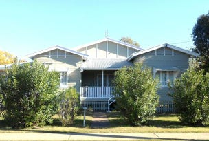28 Constance Street, Miles, Qld 4415