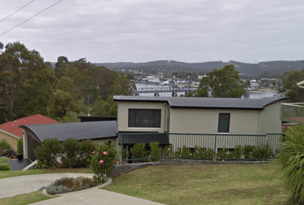 18 Penthouse Place, North Batemans Bay, NSW 2536